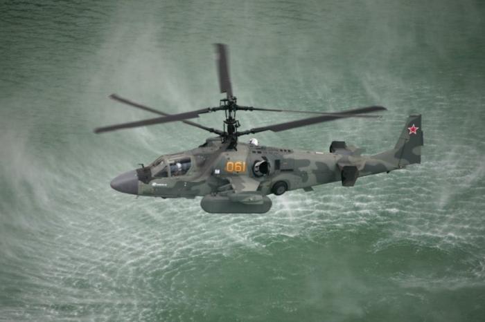 Donanma için tasarlanan varyantı Ka-52K, rotor kanadı ve taşıyıcı kollar katlama mekanizmasına sahip.