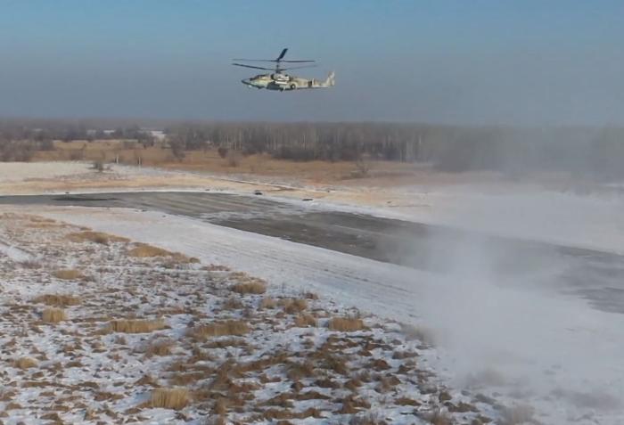 2011 yılında hizmete giren helikopter, Ka-50 Kara Köpekbalığı'nın iki koltuklu bir modifikasyonudur.