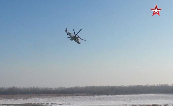 Ka-52 Timsah yeni nesil keşif ve saldırı savaş helikopteridir.