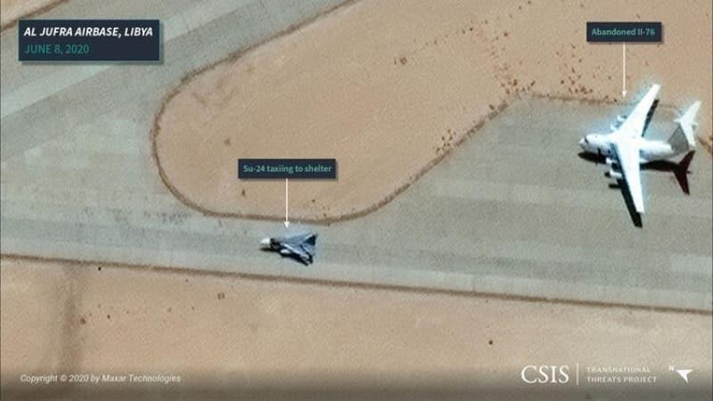 <p>8 Haziran tarihine gelindiğindeyse, Cufra hava üssünde kalkışa hazırlanan bir Su-24 jeti göze çarpıyor. CSIS analistleri, Cufra'dan gelen görüntülerin Rusya'nın Kuzey Afrika ve Akdeniz'deki yeni stratejik tutunma zeminini gösterdiğini belirtiyor.</p>