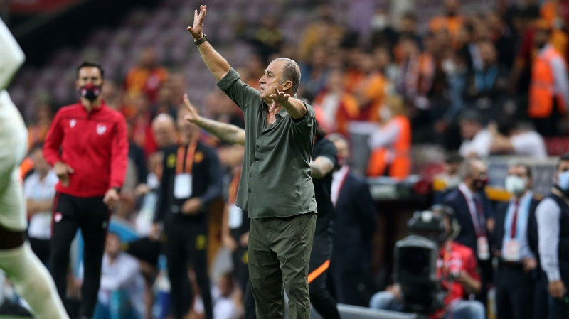 <p>Sahasında Göztepe'yi 2-1 yenerek galibiyet hasretine son veren <b>Galatasaray</b>'da teknik direktör<b> Fatih Terim</b>'in basın toplantısı gündeme damga vurdu. </p>