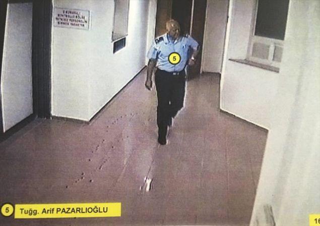 Ankara Cumhuriyet Başsavcılığınca, Fetullahçı Terör Örgütünün (FETÖ) darbegirişimine ilişkin yürütülen soruşturma kapsamında, 15 Temmuz gecesine ait yeni görüntülere ulaşıldı.
