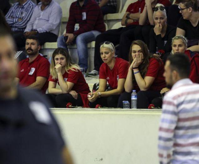Bilyoner.com Kad�nlar Basketbol Ligi ekiplerinden Samsun Canik Belediyespor'un vefat eden ba�antren�r� Mehmet Can �zt�rk i�in memleketi Adana'n�n Ceyhan il�esinde t�ren d�zenlendi.