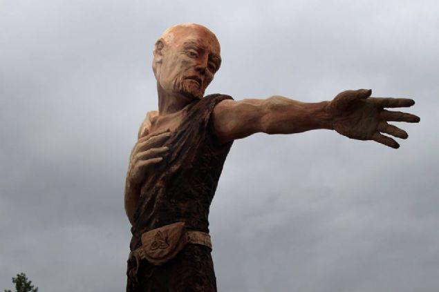 Marangozun yaptığı heykeller şaşkına çevirdi