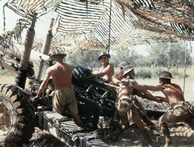 II. Dünya Savaşı sırasında çekilen renkli fotoğraflar savaşın dünmüş gibi hissiyatı veriyor.