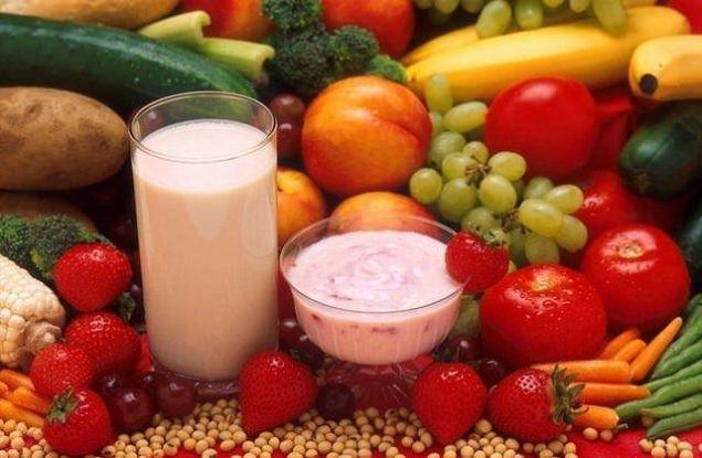 TİME Dergisi dünyanın en sağlıklı 50 besinini sıraladı. TİME Dergisi tüm zamanların en sağlıklı 50 besin maddesini sıraladı. Tufts Tıp Merkezi'nden Diyetisyen Alicia Romano'nun yardımı ile hazırlanan liste birçok gıda maddesini içeriyor...