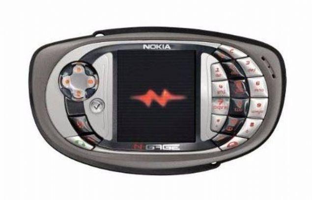Nokia N-Gage QD  Nokia N-Gage'nin bir üst sürümü olan cihaz 2004 yılında kullanıcılara sunuldu.