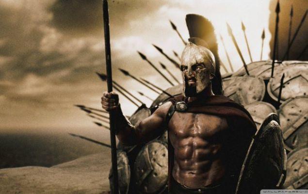 300 Spartalı filmini bilirsiniz. Kral Leonidas öncülüğünde 300 Spartalı Pers kralı 1. Serhas'ın devasa ordusuna karşı büyük bir direniş gösterip orduyu yavaşlatırlar.  <br><br>  Kaynak: Twitter /  @kulturistan