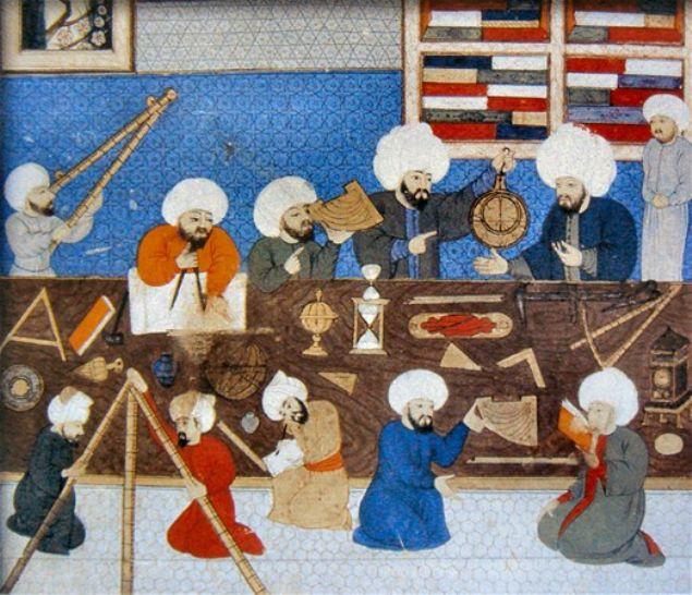 Osmanlı'da dördüncü Murad'ın ölümünden, günümüzde Ankara'nın başkent olacağına dair kehanetleri olan iki ünlü müneccim Kâhin Müştak Baba ile Müneccimbaşı Hüseyin Efendi kendi idamlarını da bilmişlerdi. İşte Osmanlı'nın Nostradamus'u olarak anılan müneccimler hakkında bilinmeyenler...