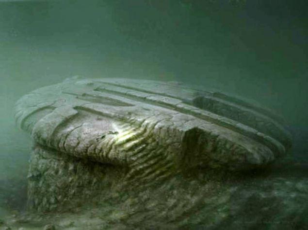 Baltık Denizi Anomalisi Baltık Denizi'nin dibinde, UFO'ya benzeyen yabancı bir madde bulundu.