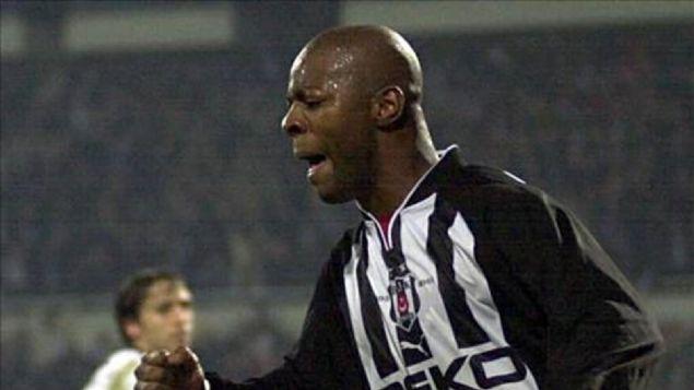 7 AY MEN CEZASI: PASCAL NOUMA  <br><br>  2003 yılında Beşiktaş ile Fenerbahçe arasında oynanan maçta elini şortuna sokan Pasal Nouma, PFDK tarafından 'spor ahlakına ve centilmenliğe ağır biçimde aykırı davranmak' suçundan 7 ay men cezasına çarptırıldı.