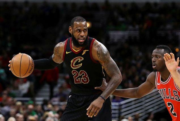 2014'ün ekim ayında 9 yıl için 24 milyar dolar değerinde bir yayın anlaşması yapan NBA'de o günden bu yana oyuncu maaşlarında ciddi bir artış meydana geldi.