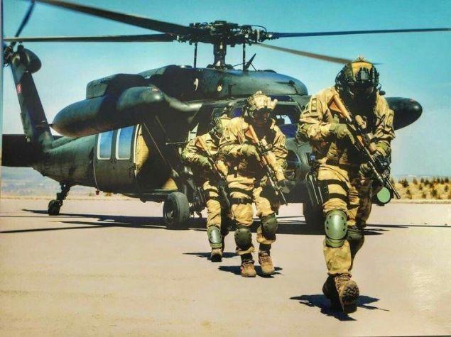Özel birlikler orduların olmazsa olmazı. Bazen savaşların kaderini belirleyen bu ekipler özellikle bazı ülkelerin en önemli güçlerinden. İşte ülkelerin nam salmış ve en çok korkulan özel birlikleri... İşte ülkelerin nam salmış ve en çok korkulan özel birlikleri...