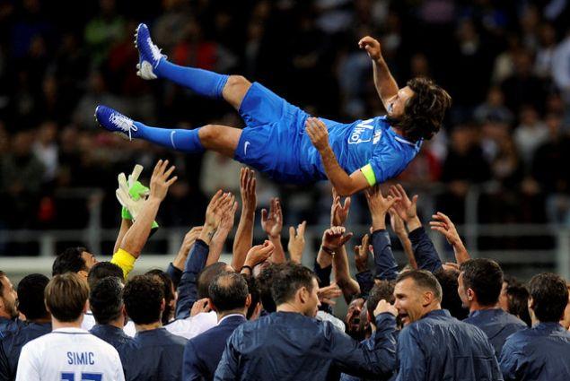 İtalyan futbolcu Andrea Pirlo, birçok yıldız ismin yer aldığı karşılaşmayla jübilesini yaptı.