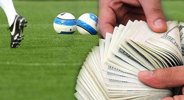 Futbol tarihinde her geçen gün yükselen transfer bedelleri astronomik seviyelere ulaştı. İşte futbol tarihinin en pahalı transferleri...