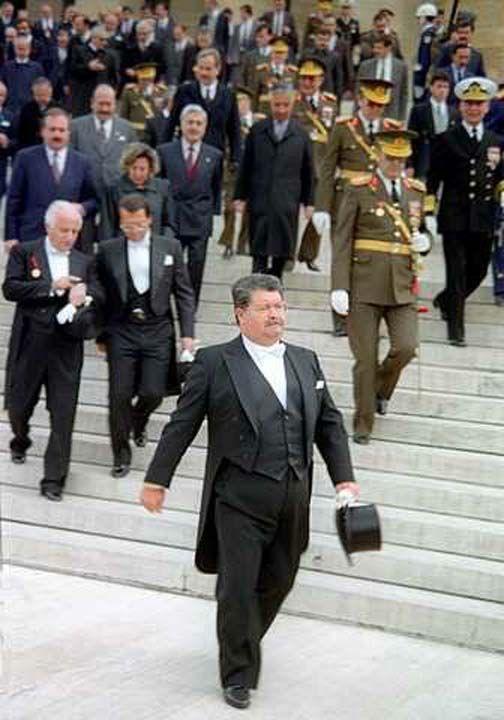 8. Cumhurbaşkanı Turgut Özal'ın arşivden çıkan fotoğrafları