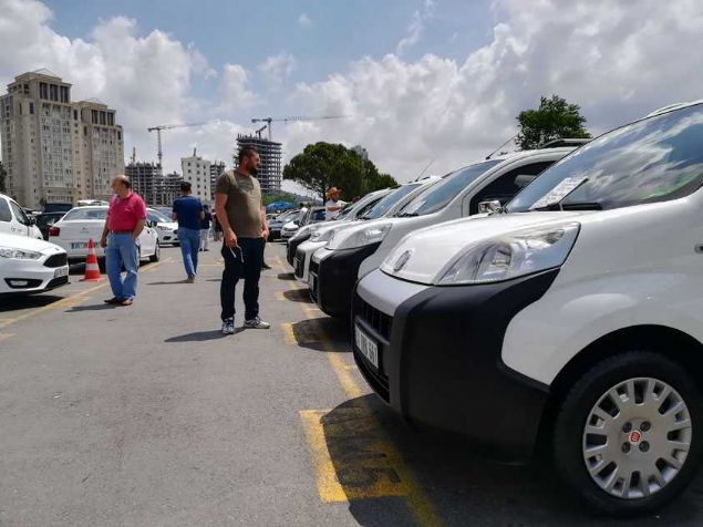 Bu araba pazarında yok yok: İstanbul'un en büyük pazarından 90 fırsat seçtik