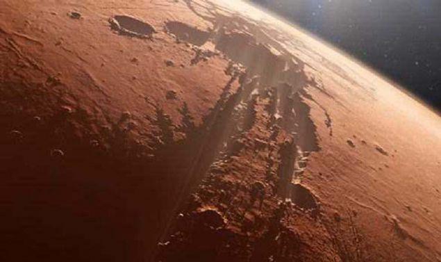 Dikkatli bakın! Mars'tan gelen görüntüler şaşkına çevirdi