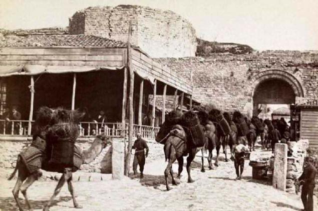 Unutulmaya yüz tutan eski İstanbul fotoğrafları
