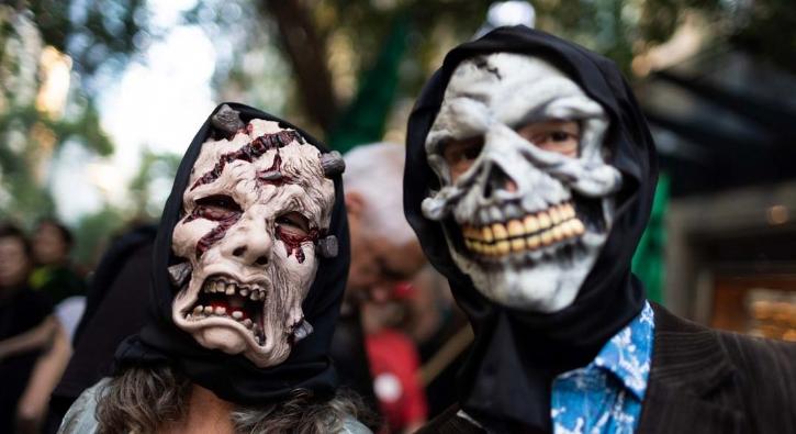 Dünya 'Cadılar Bayramı'nı kutluyor