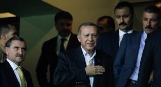 Cumhurbaşkanı Erdoğan Fenerbahçe - Sturm Graz maçını Kadıköy'de izledi