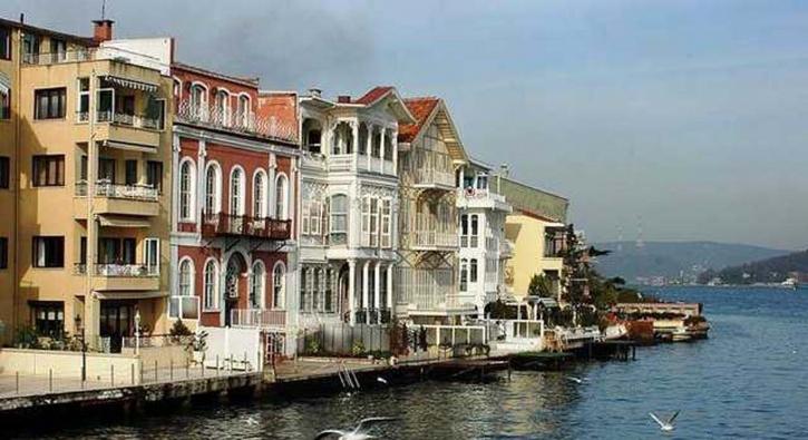 Tarihi yansıtıyorlar! İstanbul semtlerinin bilinmeyen hikayeleri