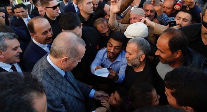 Suriye sınırında Başkan Erdoğan'a sevgi seli
