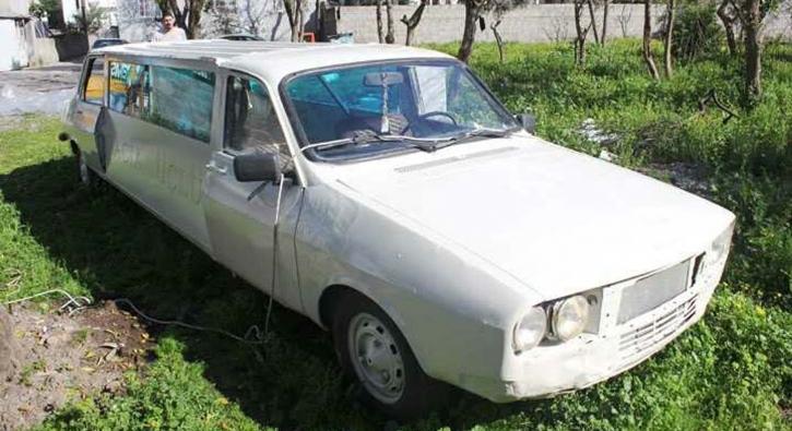 Düğünü için otomobilini limuzine dönüştürdü