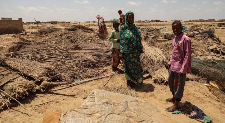 Evleri yıkıldı! Sel felaketinin ardından Sudan...