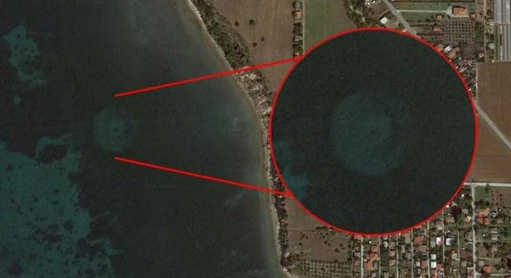 Google Earth buldu! Yunanistan'da kafa karıştıran görüntü