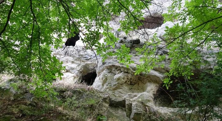 İki katlı mağaralar keşfedilmeyi bekliyor...