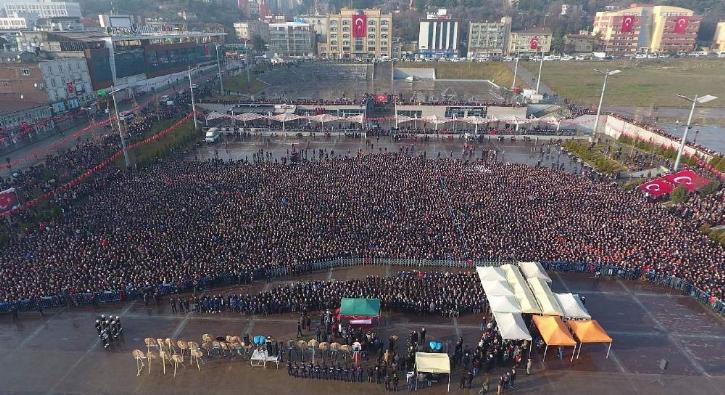 Karabük'te 10 binler şehidimizi uğurladı