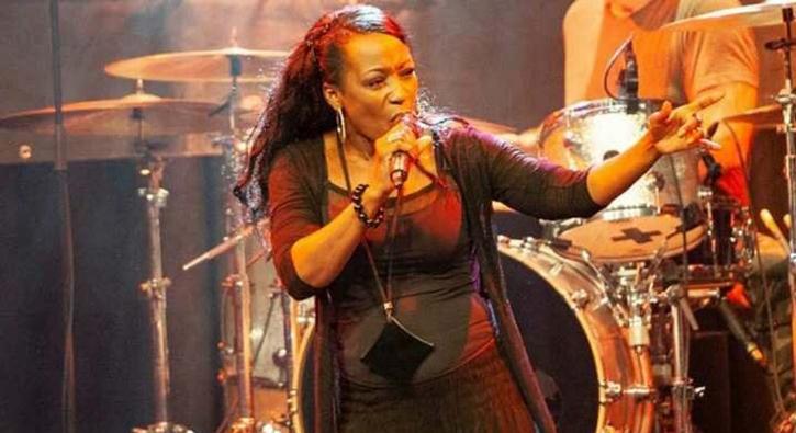 Ünlü şarkıcı Della Miles: Türkiye mükemmel bir ülke