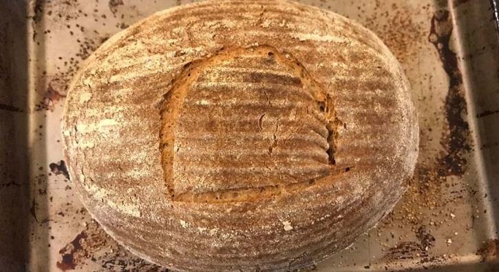 4 bin 500 yıllık mayadan ekmek yaptı!