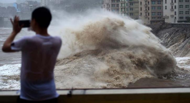Çin'i 'Lekima' vurdu: 13 ölü