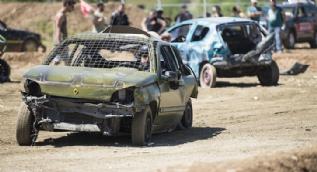 Hurda Otomobiller Yarıştı