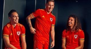 Euro 2020'de ülkelerin giyeceği formalar belli oldu