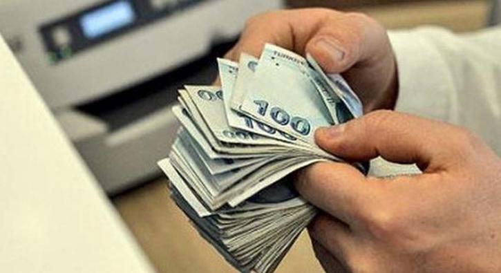 Emekliye en az 2 bin 20 lira ödenecek