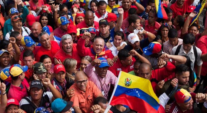 Evo Morales'e destek gösterisi
