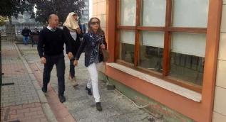 Yüzünü kapattı! Dünya İstanbul'a kilitlendi