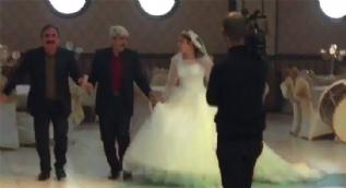 68 yaşındaki muhtar 19 yaşındaki kızla evlendi
