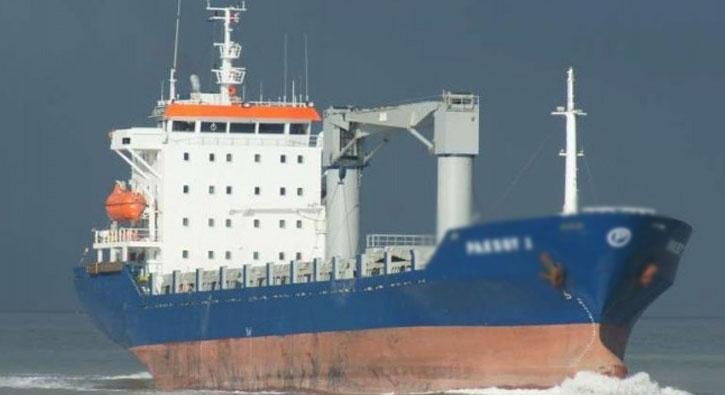 Kaçırılan Türk gemisinde saldırının izleri
