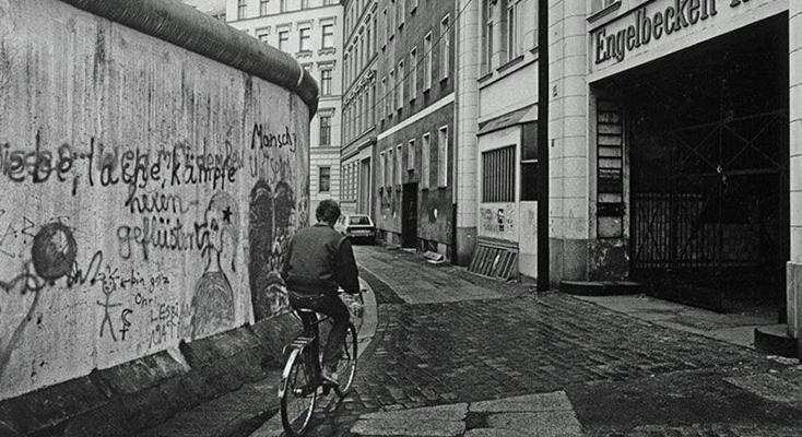 Berlin'in inanılmaz değişimi, fotoğraflarla 'Dünden bugüne Berlin'
