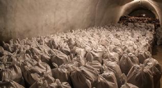 Yerin altında devasa doğal buzdolabı