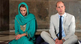 Kate Middleton ve Prens William'dan cami ziyareti