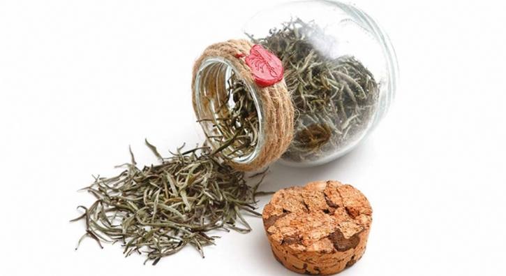Beyaz çay 4 bin liradan satışa çıktı