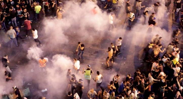 'WhatsApp vergisi' protestoları şiddetlendi! Çok sayıda yaralı var