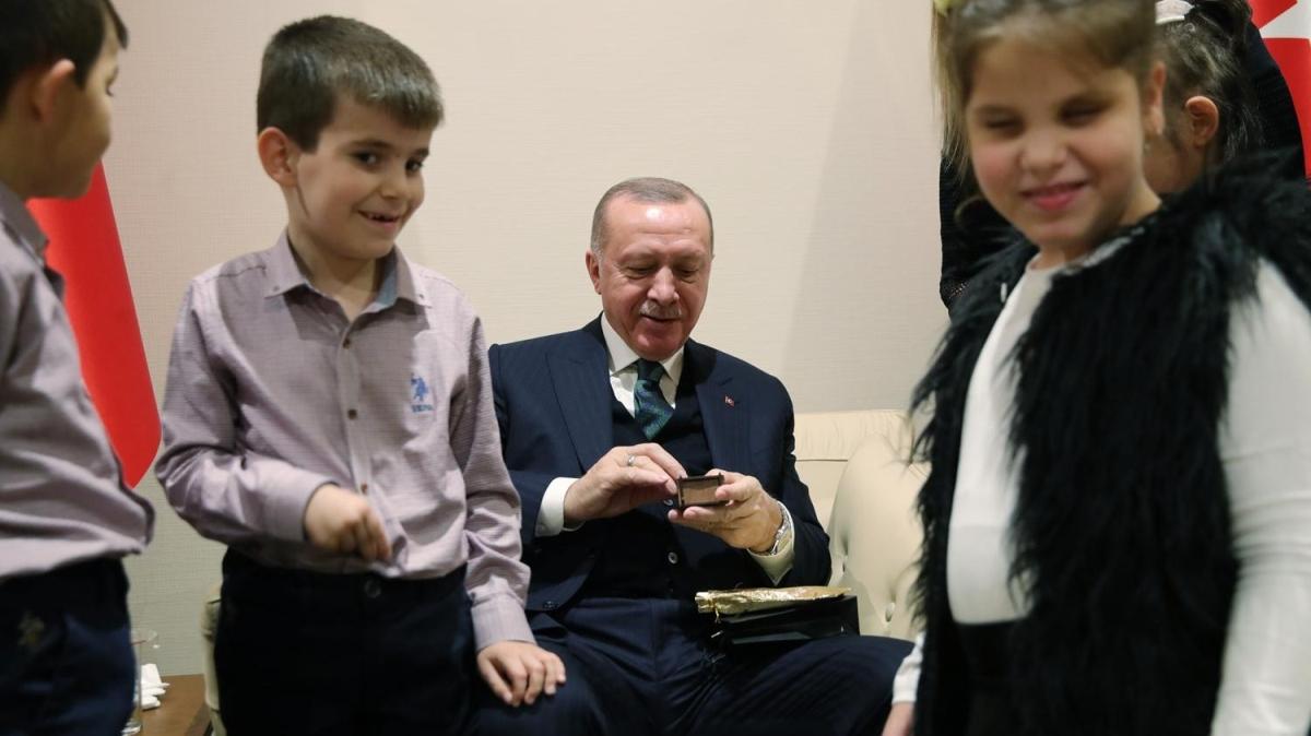 Başkan Erdoğan'dan öğrencilere özel hediye