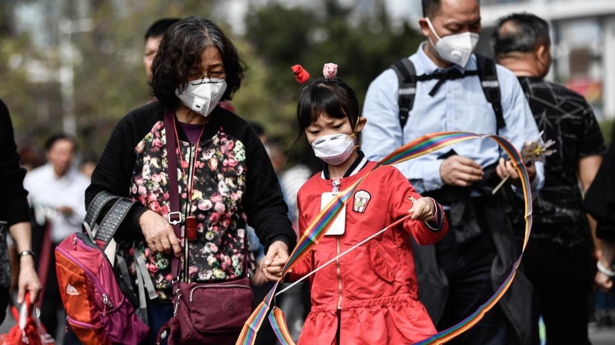 Ülke sınırlarını aştı! Koronavirüsü salgına dönüşüyor