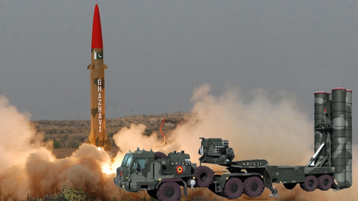 Pakistan S-400'e 'Gaznevi'yle cevap verdi